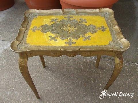asztalka0