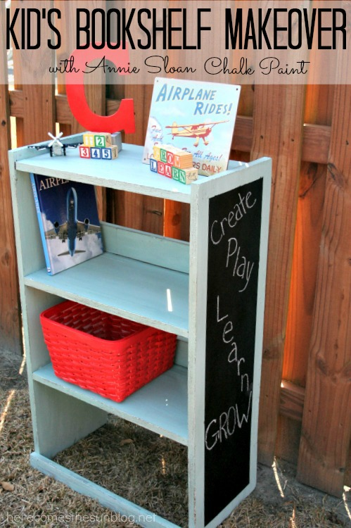 Kid's Bookshelf Makeover